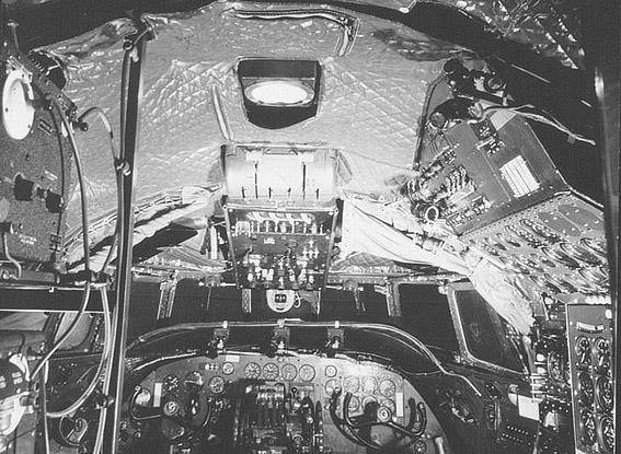 cockpit-constel.jpg