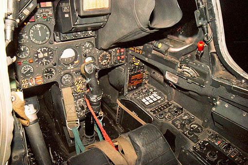 cockpit-f1.jpg