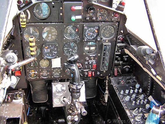 Cockpit fouga 1