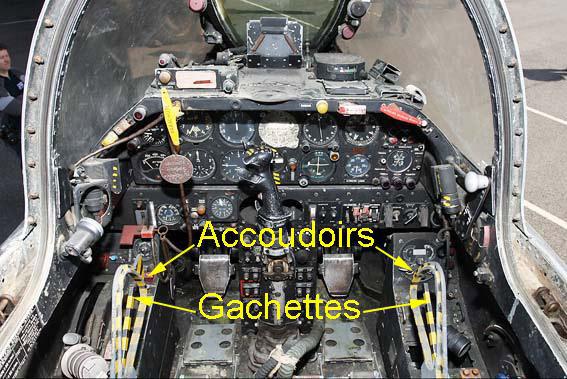 Cockpit sm b2